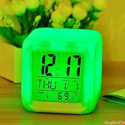7 Renk Değiştiren Alarmlı Dijital Küp Masa Saati Gece Lambası