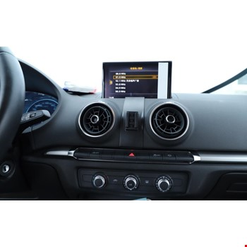 Audi A3 2019 2020 Model için Özel Telefon Tutucu AU3