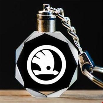 Skoda Logolu Led Işıklı 3D Kristal Led Araba Anahtarlık